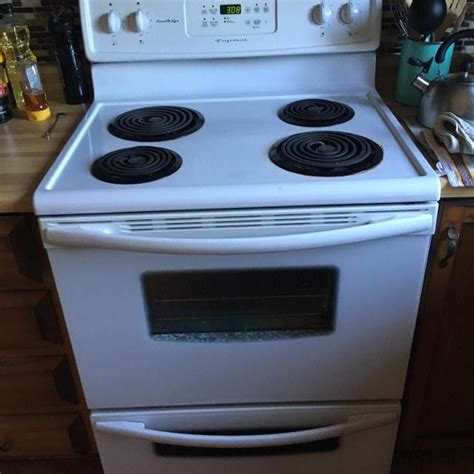 Best Four Marque 'frigidaire' Eurodesign for sale in