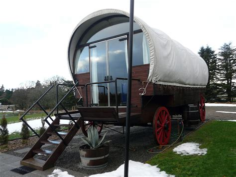 glamping — Wiktionnaire