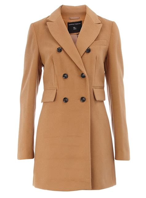 Caggie Dunlop's camel coats on Made in Chelsea | Fashion