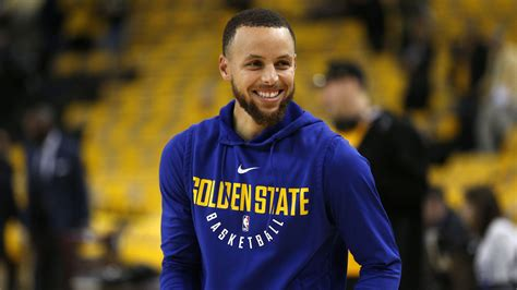 Why is Steph Curry still dissed so much? He doesn't fit